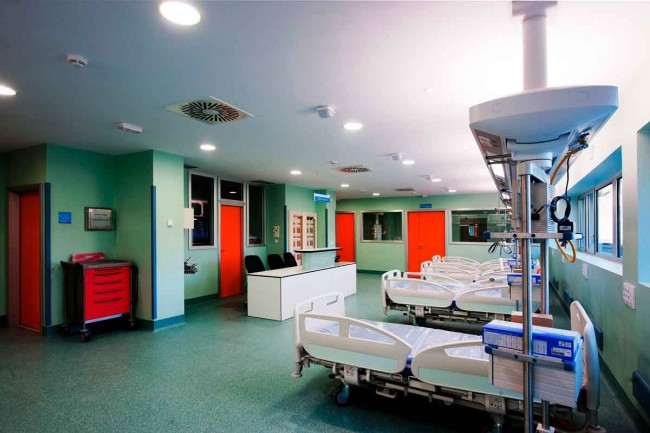 Hospital de el escorial rgola arquitectos rgola for Clinica dental el escorial